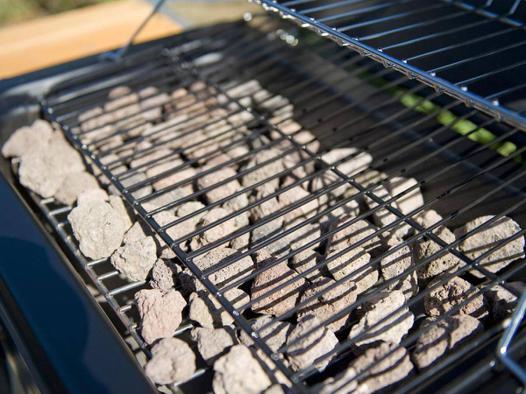 avis barbecue gaz a pierre de lave choisissez en 2019 les. Black Bedroom Furniture Sets. Home Design Ideas